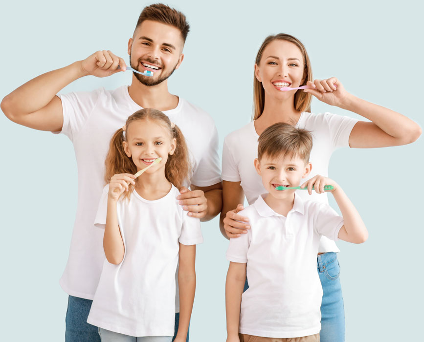 portrait-of-family-brushing-teeth